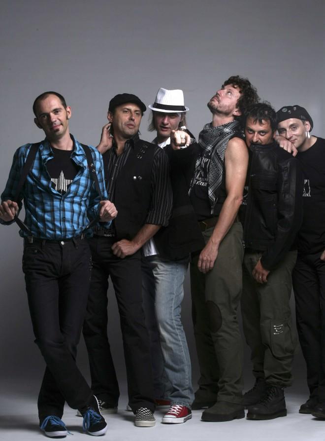 Sarajevska rock skupina Zabranjeno pušenje.