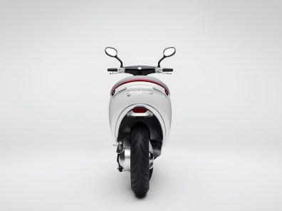 Gogoro-Smartscooter-Back