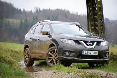 Nissan_X-Trail_041