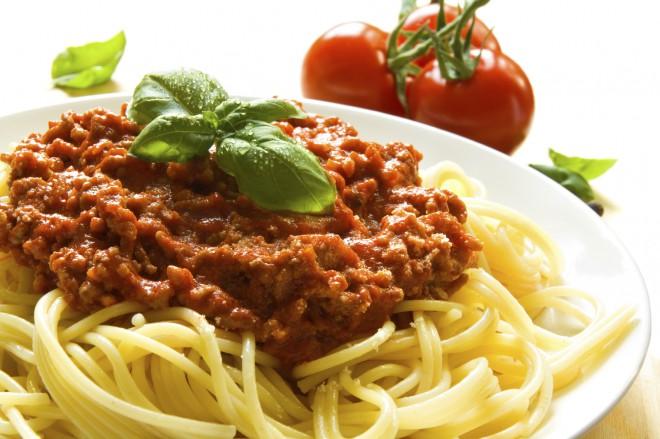 Špageti z mesno omako po bolonjsko