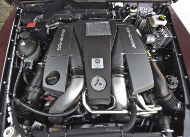 Pod pokrovom terenca Mercedes-Benz G63 AMG se skriva 5,5-litrski V8 biturbo agregat.