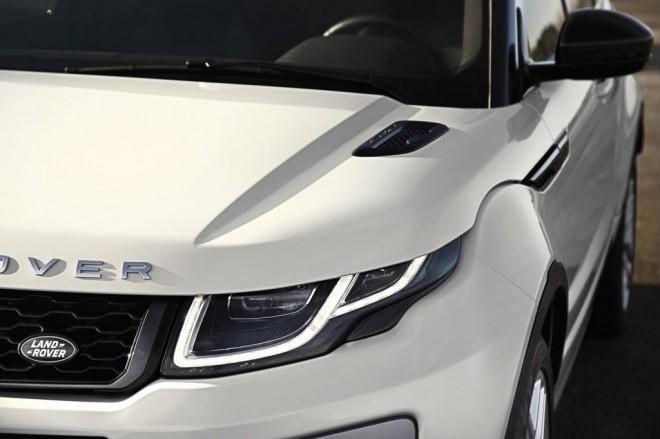 Oblikovne spremembe so skoncentrirane predvsem na prednjem delu vozila, v območju luči, maske motorja in odbijača pod njo.