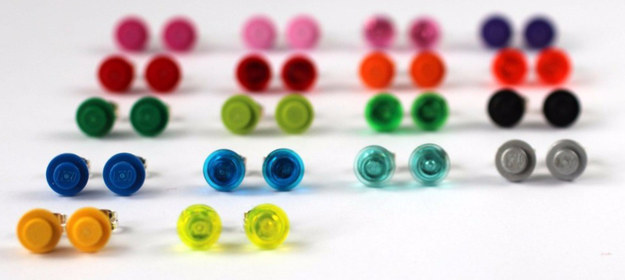 Lego kocke lahko uporabite za izdelavo prstanov.