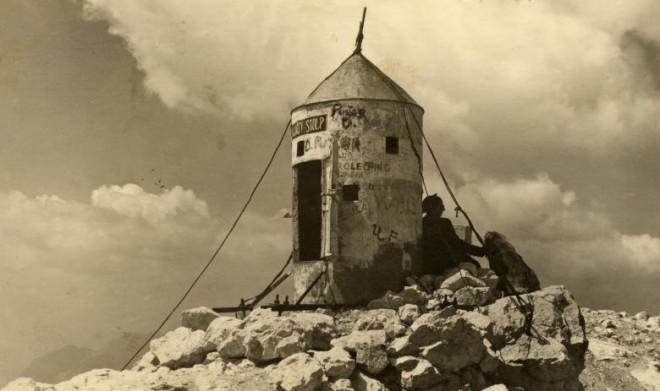 Aljažev stolp je hitro osvojil srca Slovencev.
