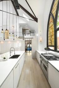 Cerkev v Chicagu je postala čudovito družinsko stanovanje