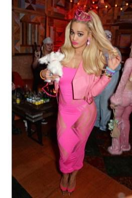 Rita Ora kot Barbie