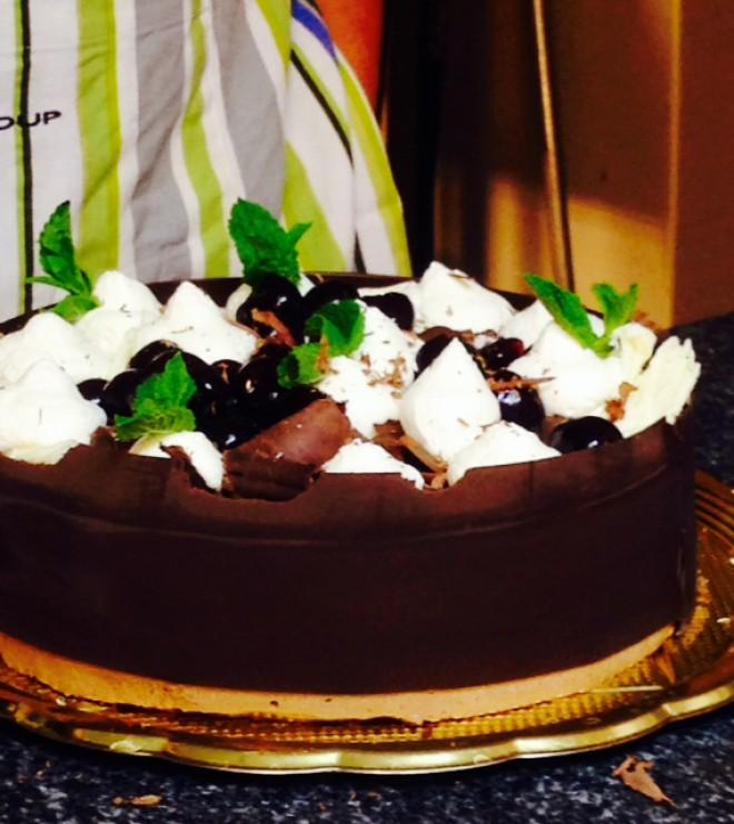 Na tokratni Lolitini sladki kulinarični šoli bomo ustvarjali s čokolado.