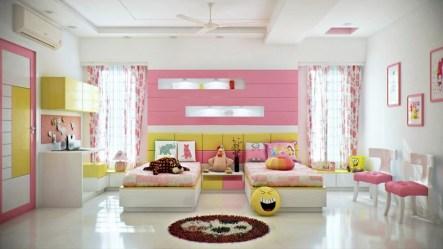 Otroška soba v rožnato-rumenih odtenkih
