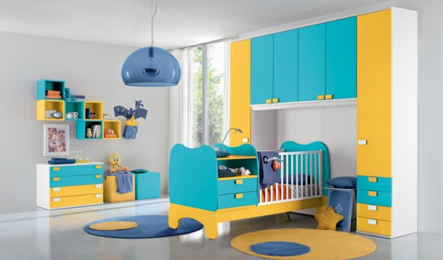 Otroška soba v modro-rumeni