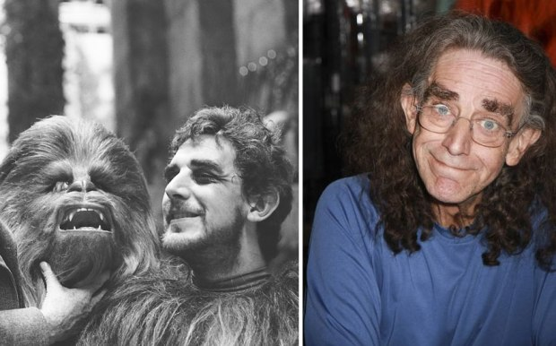 Peter Mayhew kot Chewbacca, 1977 in 2015