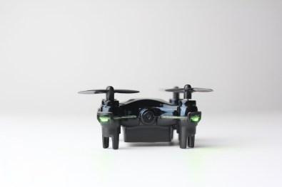 Dron Vidious je najmanjši dron s kamero na svetu.