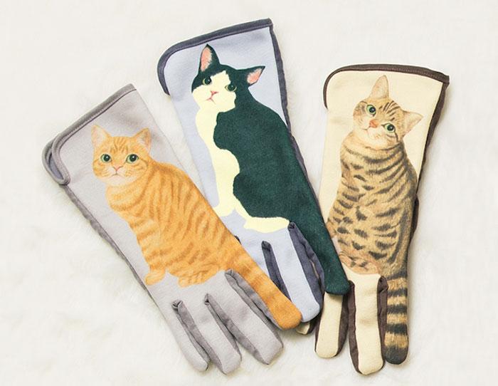 Rokavice na dotik z mačjim repom.