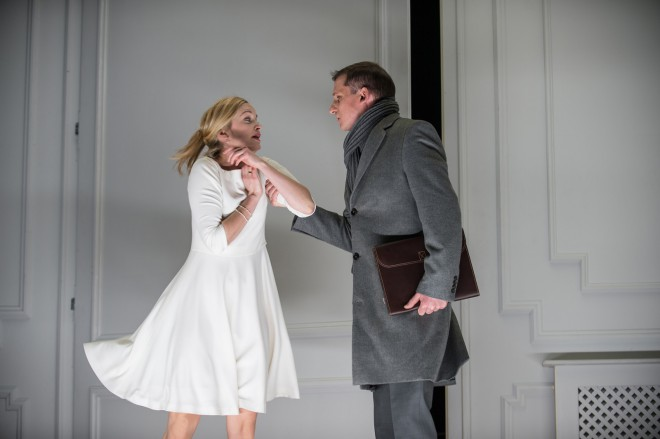 Predstava Nora v režiji Mateje Koležnik, izvedlo jo bo gledališče Stadttheater iz Celovca.