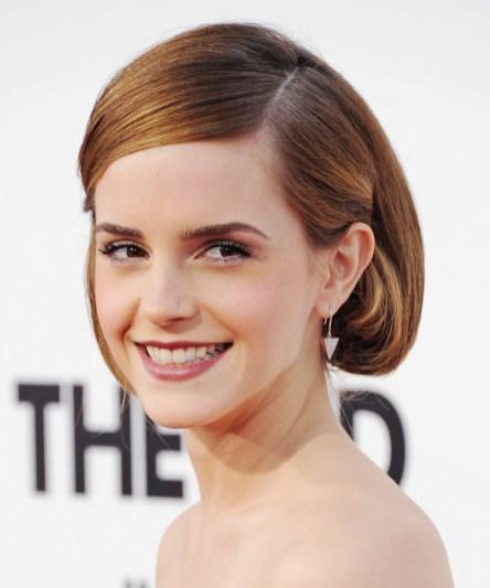 Lasje za ušesi – frizura, ki pomladi obraz