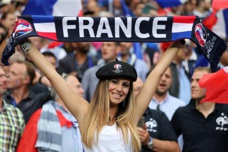 Navijačica Francije