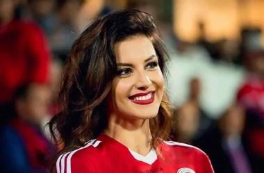 Navijačica Albanije