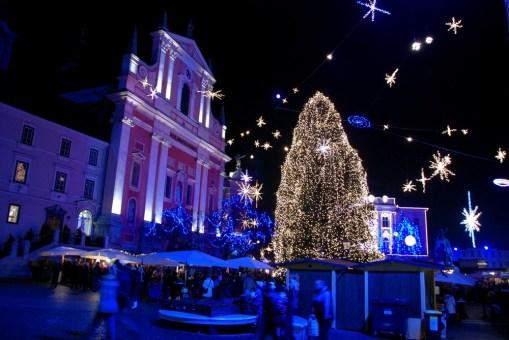 Praznična Ljubljana – praznične lučke v Ljubljani