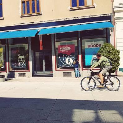 Hood Burger na Nazorjevi ulici v Ljubljani