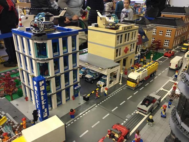 Dogodek po meri ljubiteljev Lego kock in kreativnosti.