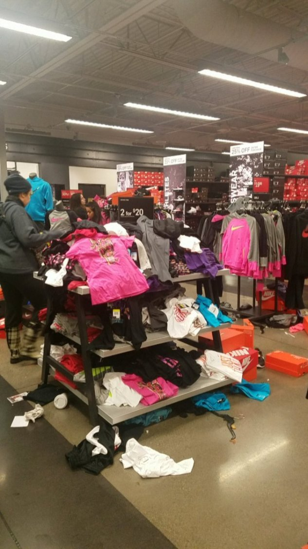 Nikeova trgovina v Seattlu na črni petek