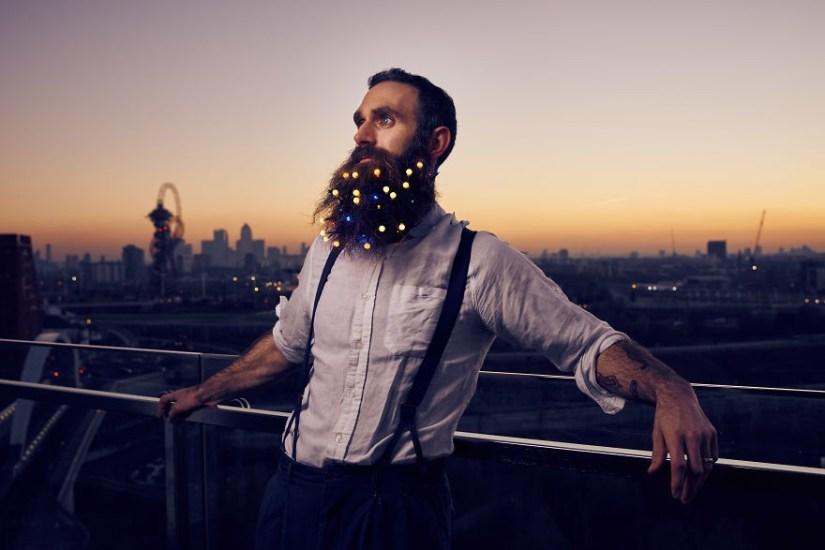 Okrasne lučke za brado