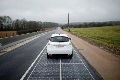 Prva solarna cesta na svetu