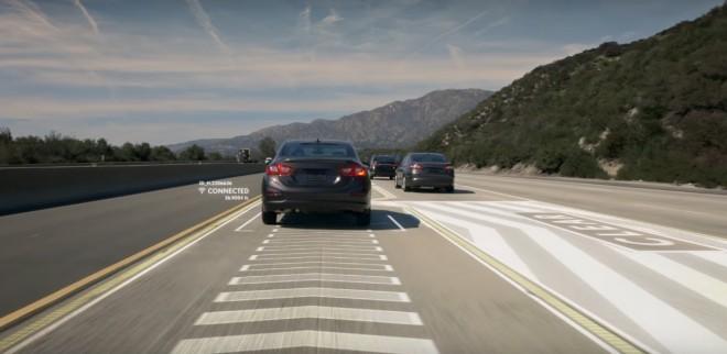 Lane Valet tehnologijo bi moralo imeti vsako vozilo.