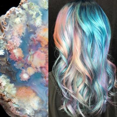 """Ženske frizure 2017: """"geode"""" lasje – živahne barve, ki se skrivajo med naravnimi lasmi"""