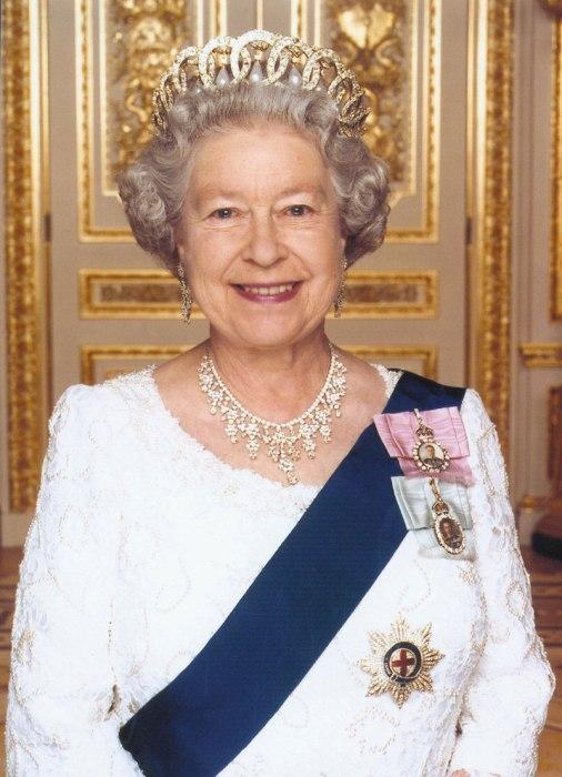 1. Kraljica Elizabeta II. Britanska – od 35 do 75 milijard evrov