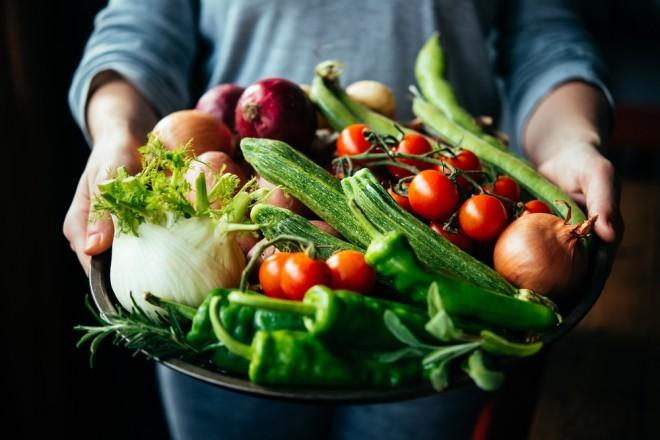 Manj mesa, več zelenjave.