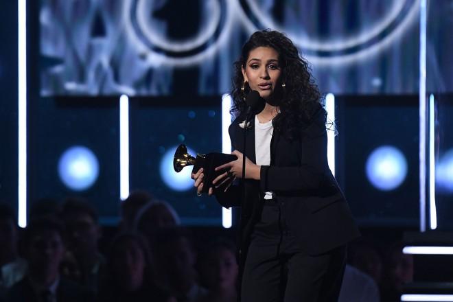 Alessia Cara je dobitnica grammyja za najboljšo novo izvajalko.
