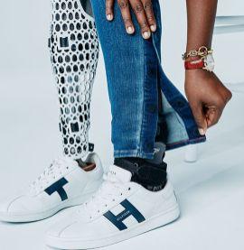 Tommy Hilfiger linija oblačil za ljudi s posebnimi potrebami.