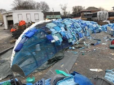 Postopek izdelovanja kita iz plastike