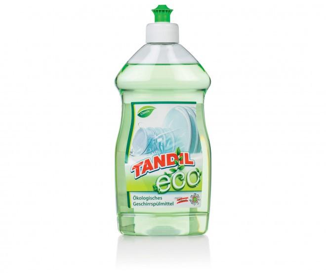 Embalaža detergenta Tandil Eco je iz 100 % recikliranega PET materiala.