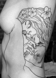 Tatu, navdihnjen z delom Klimta