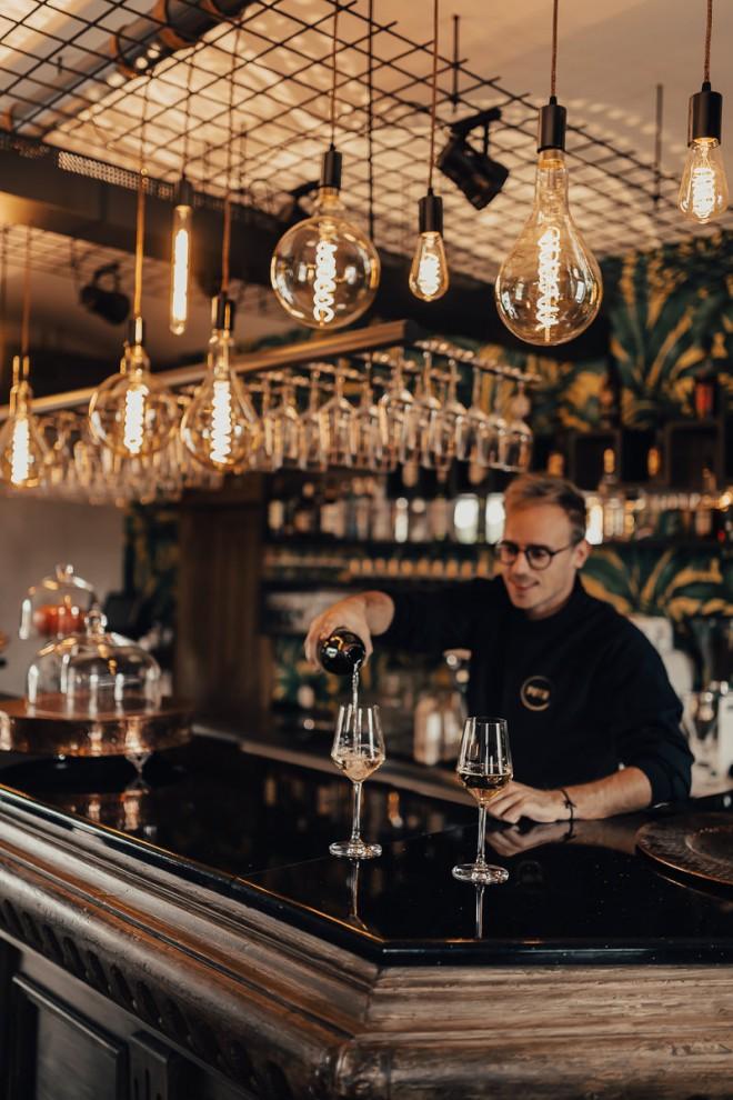 Restavracija Putr je mešanica novodobne kuhinje in surovega urbanizma.
