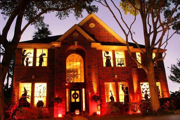 Strašljiva hiša.