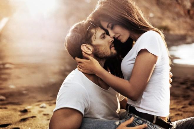 Poljubljanje skrbi tudi za ohranjanje lepe in mladostne kože obraza.