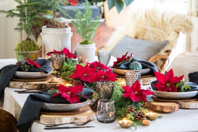 Božična zvezda je čudovita dekoracija na praznično obloženi mizi. (Foto: IG @thechristmasstar)