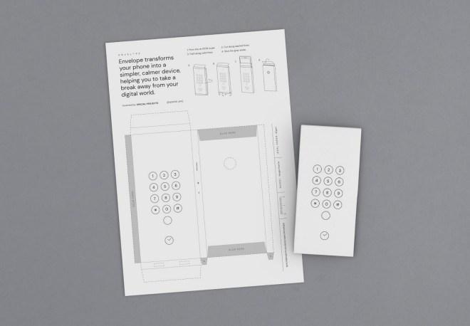 Ovojnico Google Envelope si natisnete in jo sestavite.