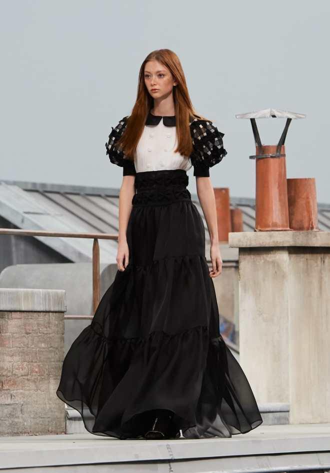Večplastne obleke (Chanel)