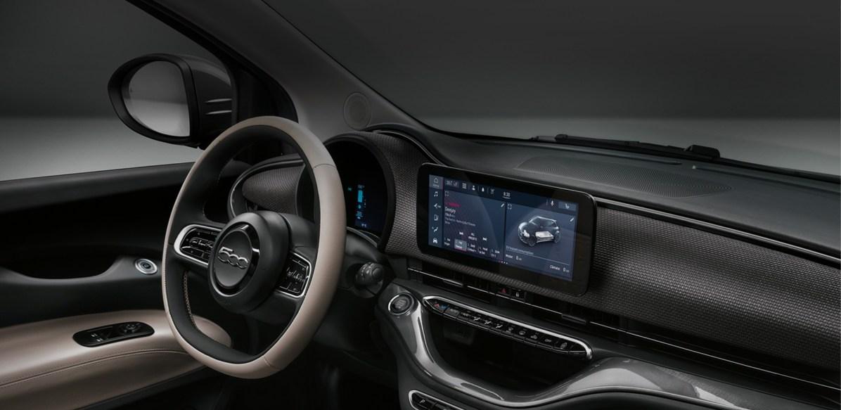 Notranjost električnega avta Fiat 500e