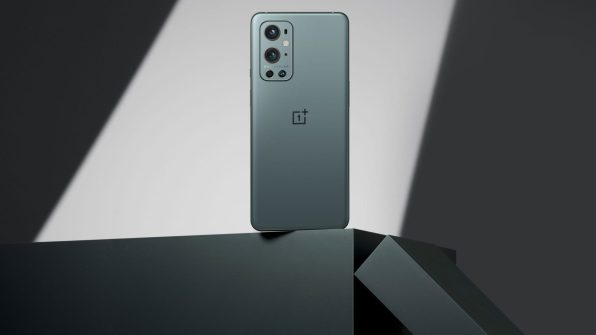 OnePlus-9-pro-pine-green-2-scaled