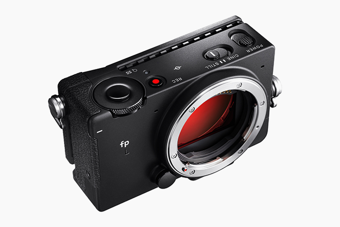 Sigma-fp-L-Mirrorless-Digital-Camera-1