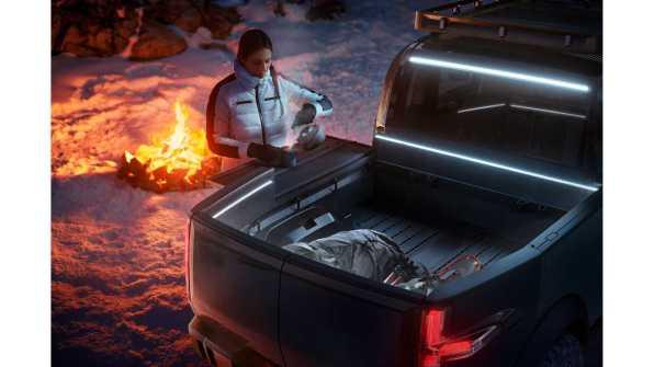 canoo-electric-pickup-truck (25)