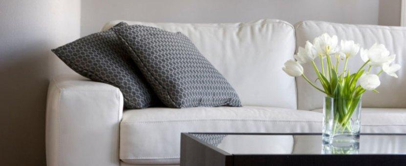 sofa og interiør - boligstylingen