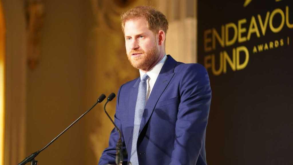 """harry,-nuovo-attacco-alla-royal-family:-""""non-sono-come-lui"""""""