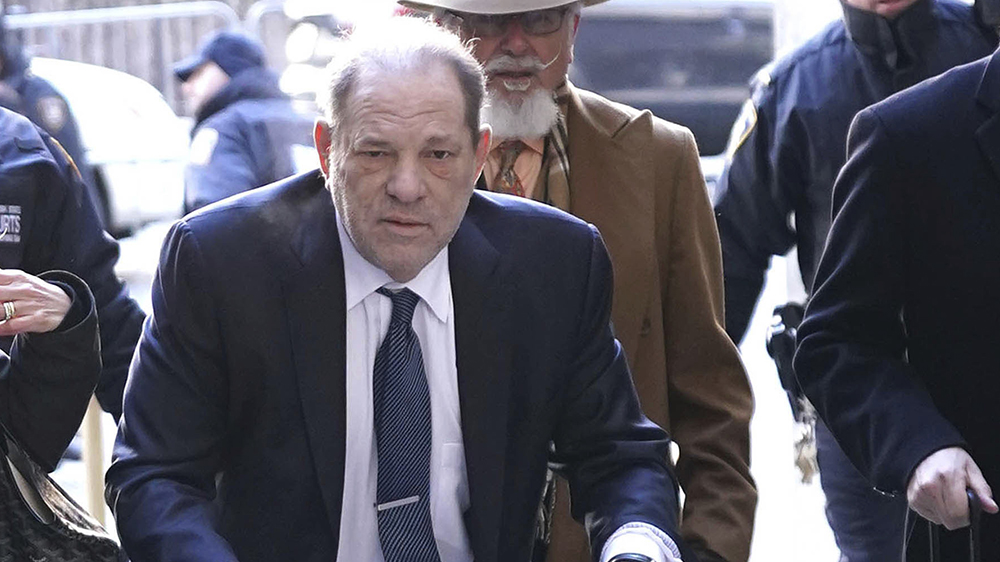 judge-gives-ok-to-harvey-weinstein-extradition-to-los-angeles