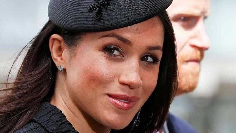 la-regina-elisabetta-ii-e-i-suoi-preziosi-gioielli:-saranno-ereditati-anche-dalla-piccola-lilibet-diana