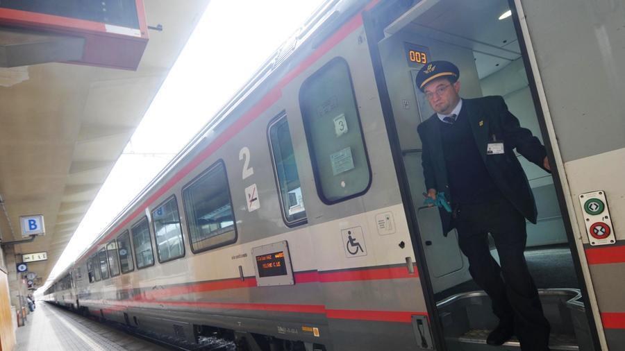 """ferrovie:-no-dei-sindacati-a-proposta-che-abolisce-capotreno.-""""ruolo-non-sostituibile,-soprattutto-in-emergenza-o-degrado"""""""